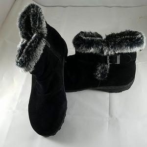 63b08856fd9 Womens Black Khombu Lindsey Suede Fur Boots 8